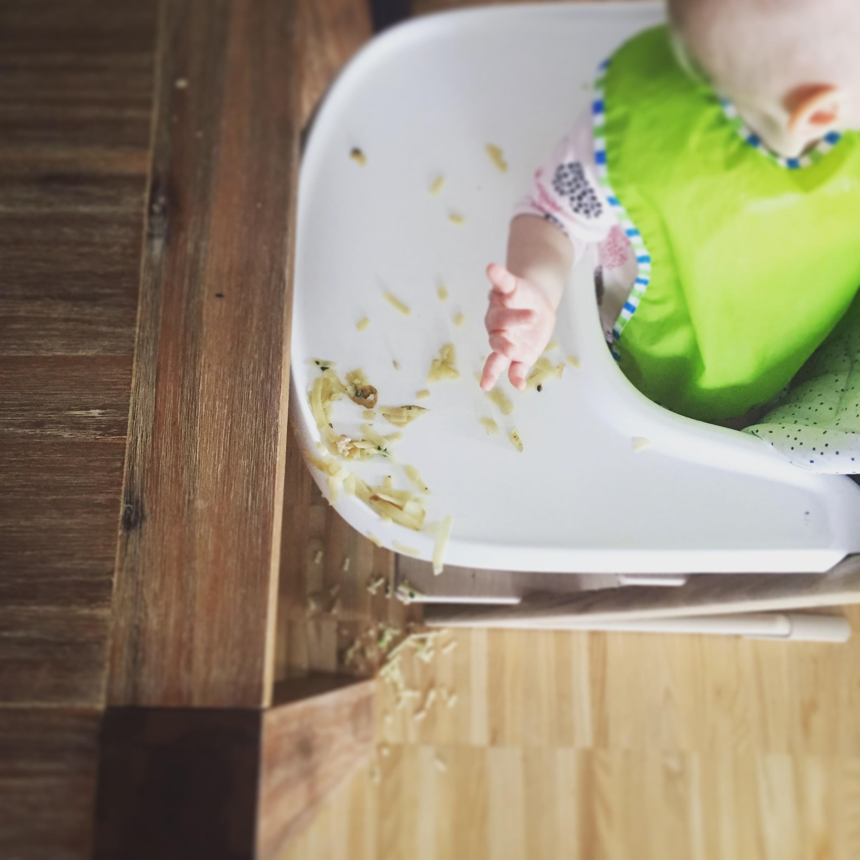Kochen für ein hungriges Kind